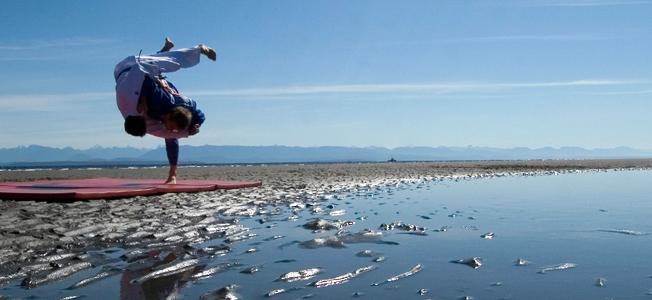 judo-throw-water-652-300